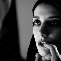 A Girl Walks Home Alone at Night (2014) Movie Review