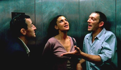 irreversible-movie-review-film-French-horror-drama-monica-bellucci-vincent-cassel