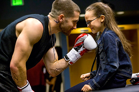 southpaw-jake-gyllenhaal-boxing-movie-fighting-sports-film-antoine-fuqua-oona-laurence-movie-review-2015