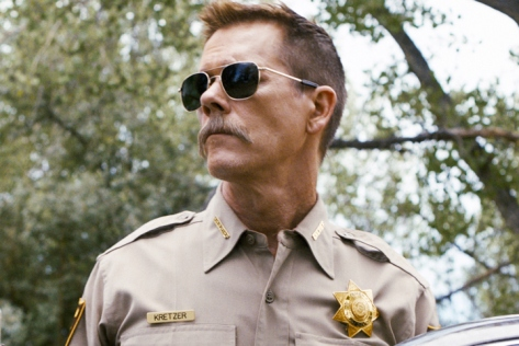 cop-car-kevin-bacon-suspense-thriller-jon-watts-film-2015-hays-wellford-james-freedson-jackson-kyra-sedgwick-movie-review