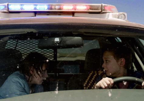 cop-car-jon-watts-movie-thriller-suspense-kevin-bacon-kyra-sedgwick-hays-wellford-james-freedson-jackson-movie-review