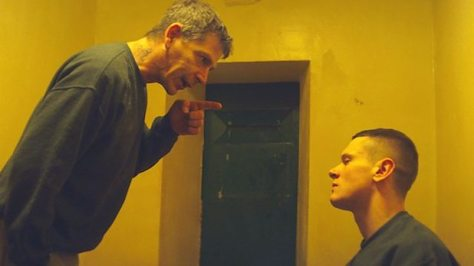 starred-up-ben-mendelsohn-jack-o'connell-movie-review-2013-drama-prison-crime-film