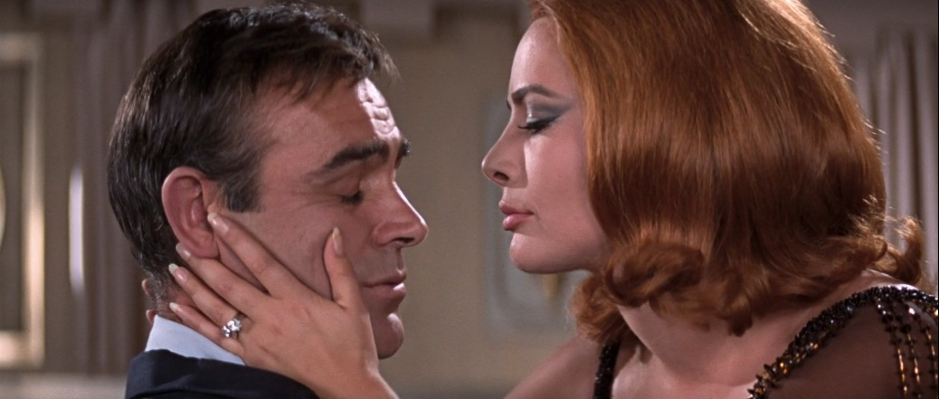 you-only-live-twice-1967-spy-thriller-action-film-spectre-sean-connery-james-bond-movie-review