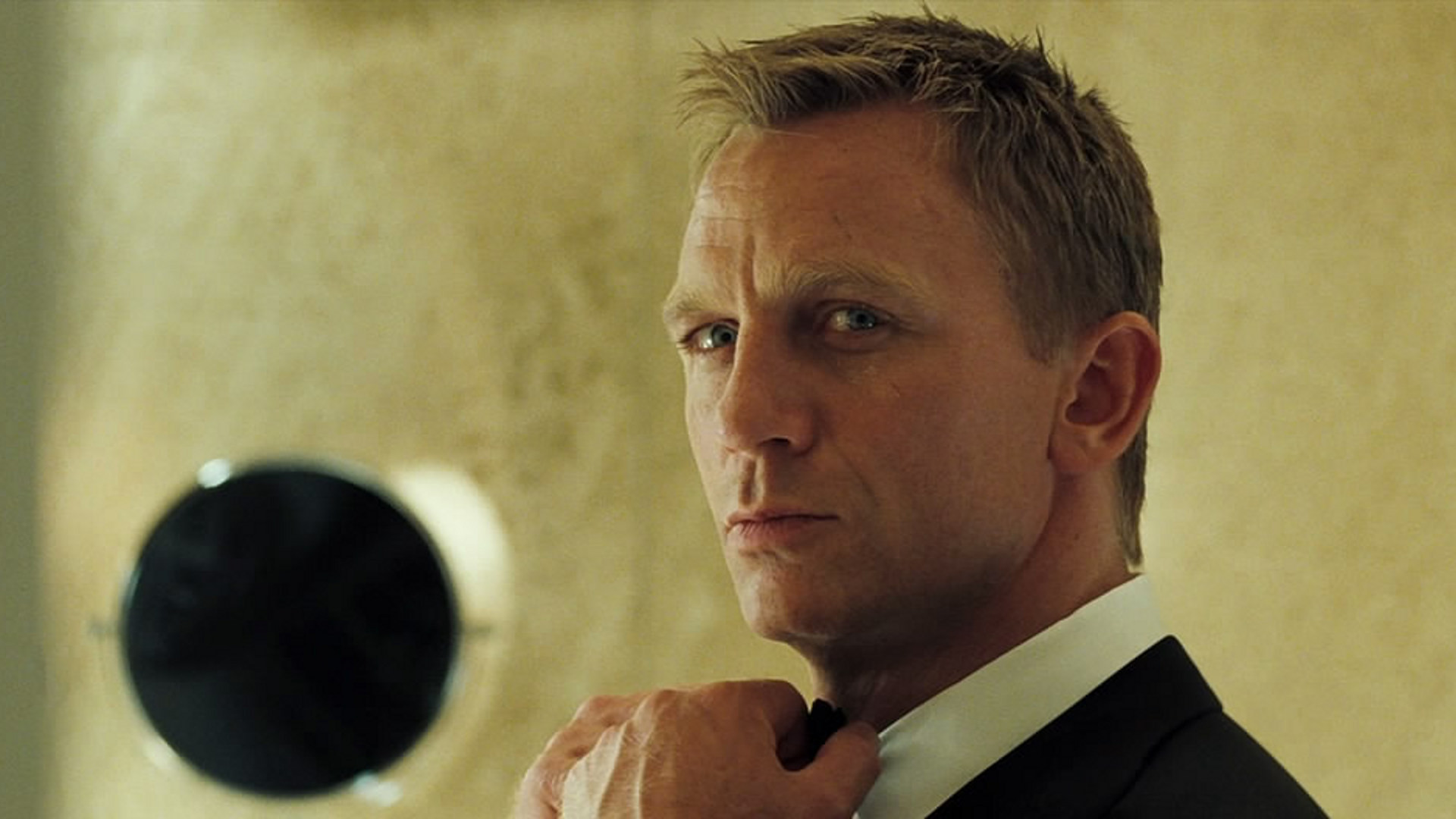 Casino Royale (2006) M...