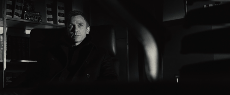 casino-royale-james-bond-007-2006-daniel-craig-movie-review-mads-mikkelsen-eva-green-jeffrey-wright-judi-dench-spy-thriller-action-film-2015-movie-review-spectre