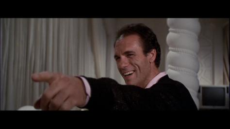 licence-to-kill-robert-davi-franz-sanchez-movie-review-1989-spy-thriller-action-movie-review-2015-spectre