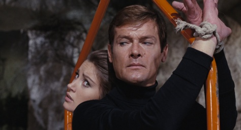 live-and-let-die-james-bond-roger-moore-jane-seymour-yaphet-kotto-spy-thriller-movie-blaxploitation-1973-movie-review