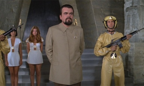 moonraker-james-bond-roger-moore-drax-space-action-spy-thriller-film-richard-kiel-jaws-holly-goodhead-lois-1979-movie-review-2015-spectre