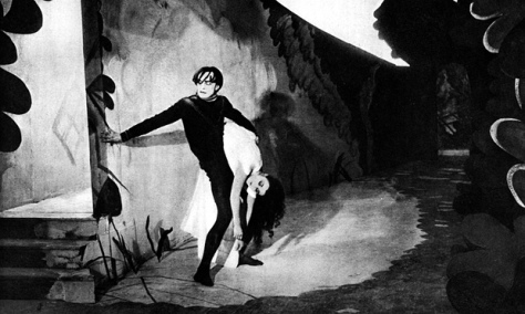 the-cabinet-of-dr-caligari-best-horror-movies-on-netflix-2015-october-halloween-classic-horror-film-expressionist-cinema