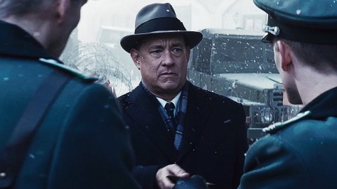 bridge-of-spies-tom-hanks-steven-spielberg-movie-review-2015-oscars-amy-ryan-jesse-plemmons-alan-alda