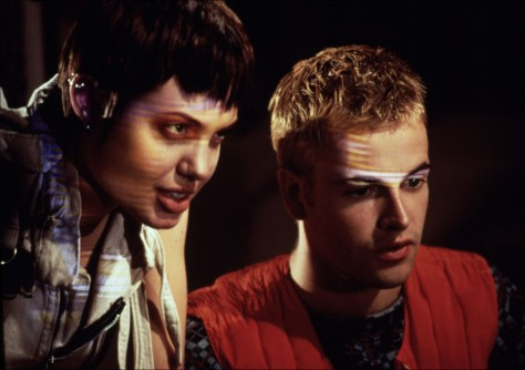 hackers-1995-movie-review-angelina-jolie-jonny-lee-miller