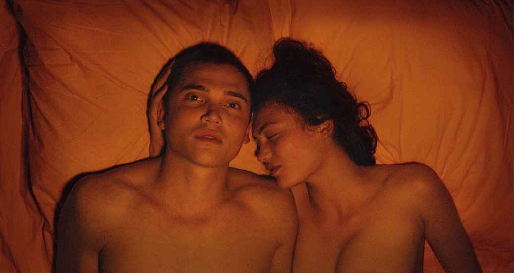 love-2015-gaspar-noe-sex-romance-film-movie-review-karl-glusman