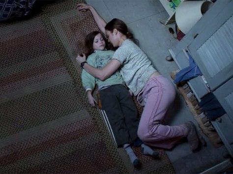 room-movie-review-2015-brie-larson-jacob-tremblay-lenny-abrahamson