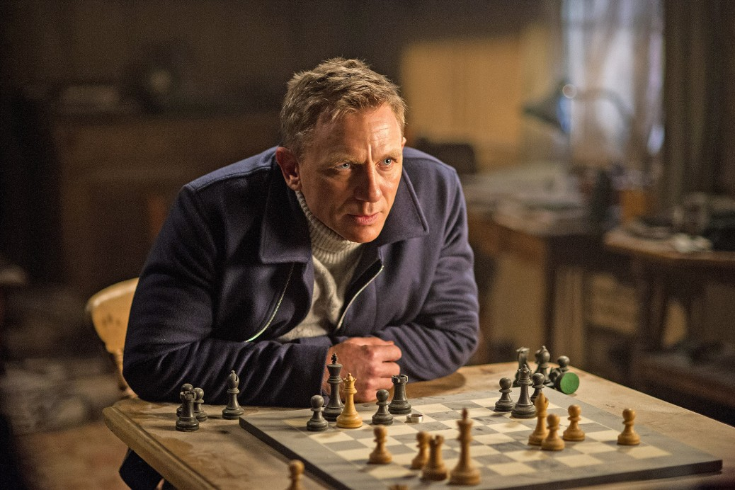 spectre-daniel-craig-james-bond-007-mi6-monica-belucci-ralph-fiennes-lea-seydoux-christoph-waltz-movie-review-2015