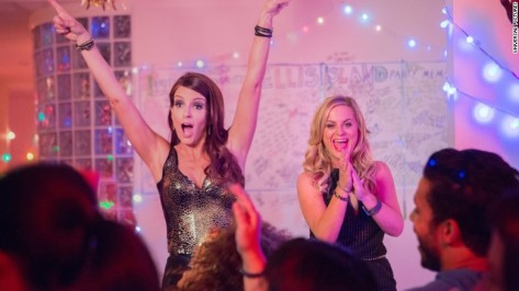 sisters-tina-fey-amy-poehler-movie-review-comedy-2015