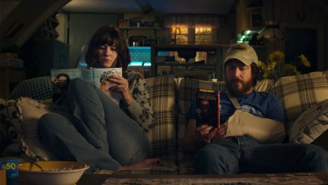 10-cloverfield-lane-movie-review-2016-horror-thriller-mary-elizabeth-winstead-john-goodman