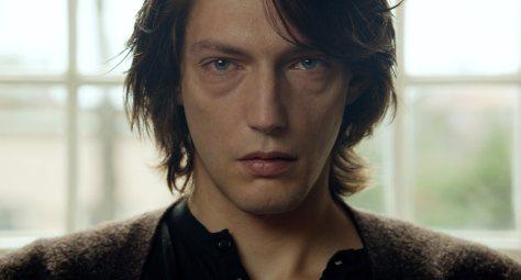 cosmos-2015-drama-movie-review-andrzej-zulawski