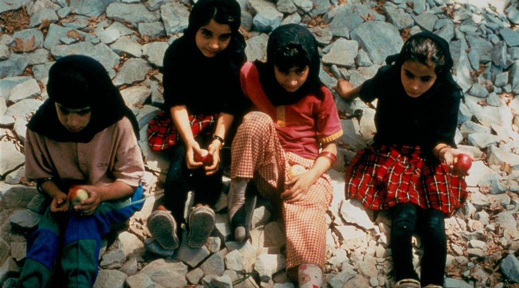 the-apple-1998-movie-iran-film-psychology-film-philosophy