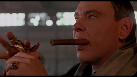 darkman-movie-review-1990-sam-raimi-liam-neeson-frances-mcdormand