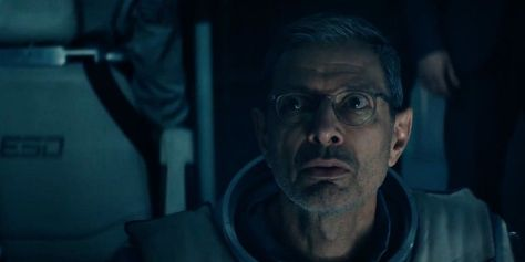 independence-day-2-resurgence-movie-review-2016-roland-emmerich-jeff-goldblum