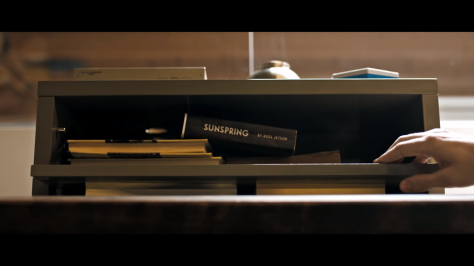 artificial-intelligence-writes-a-script-sunspring-short-film-2016-review-thomas-middleditch