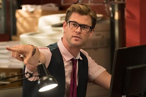 ghostbusters-2016-movie-review-reboot-chris-hemsworth-paul-feig