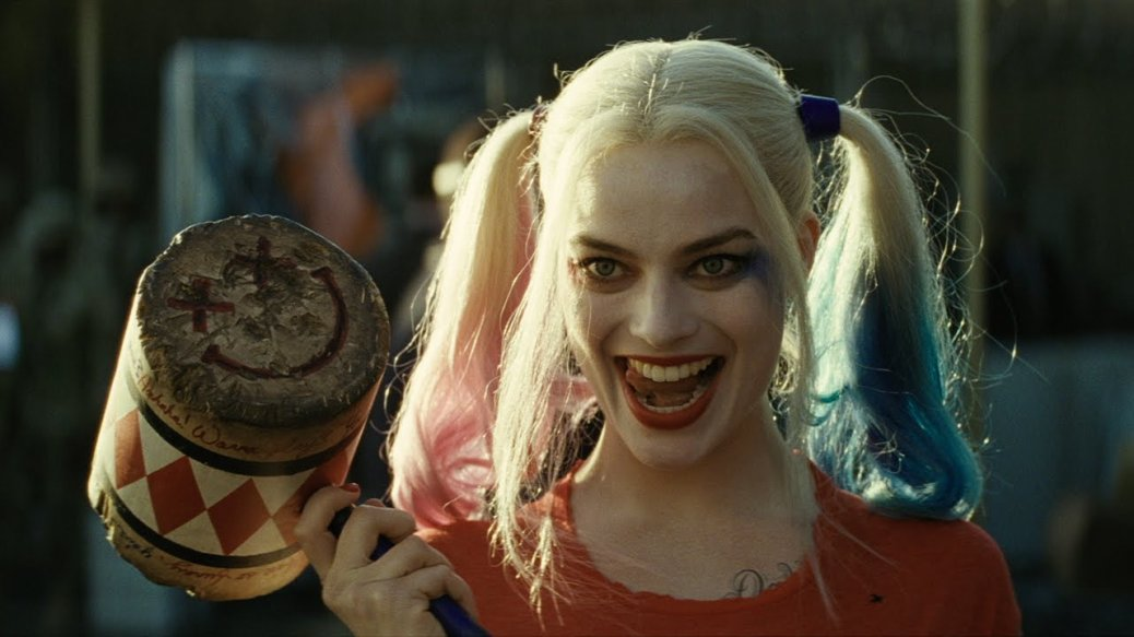 suicide-squad-2016-movie-review-margot-robbie