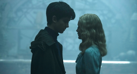 miss-peregrines-home-for-peculiar-children-2016-movie-review-tim-burton-asa-butterfield-fantasy-film