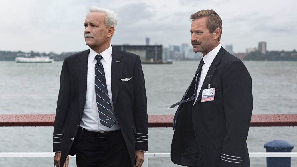 sully-2016-clint-eastwood-movie-review-tom-hanks-aaron-eckhart