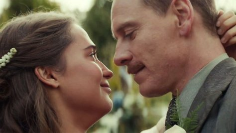 the-light-between-oceans-movie-review-2016-michael-fassbender-alicia-vikander-melodrma