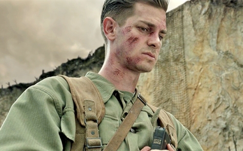 hacksaw-ridge-movie-review-2016-andrew-garfield-golden-globes-2017-predictions