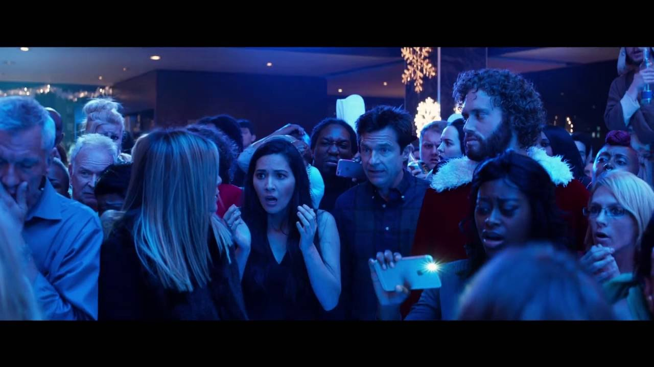 Office Christmas Party (2016) Movie Review | CineFiles Movie Reviews