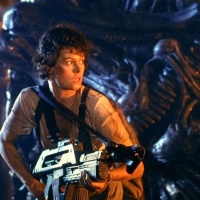 Aliens (1986) Movie Review