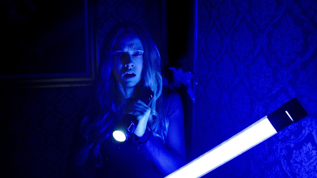 lights-out-movie-review-2016