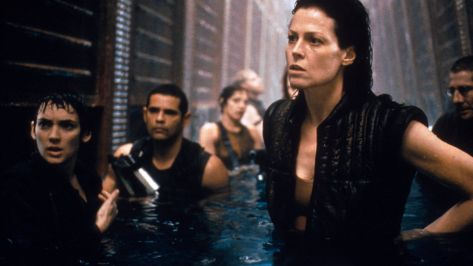 alien-resurrection-movie-review-sigourney-weaver-winona-ryder