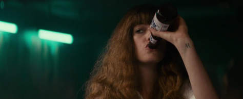 colossal-movie-review-2017-anne-hathaway