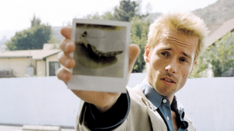 best-christopher-nolan-films-memento-guy-pearce