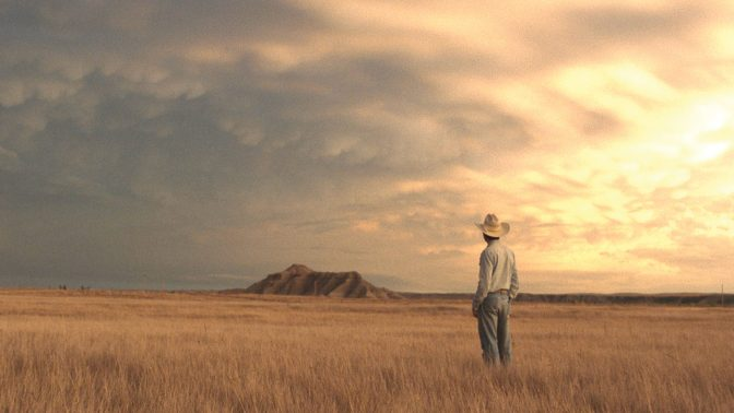 chloe-zhao-the-rider-2018-movie-review-brady-jandreau-horse-injury-film