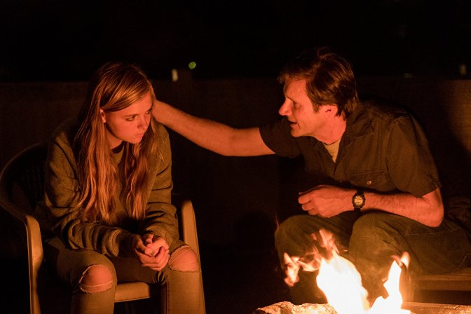 2018-a24-movie-review-eighth-grade-elsie-fisher-josh-hamilton