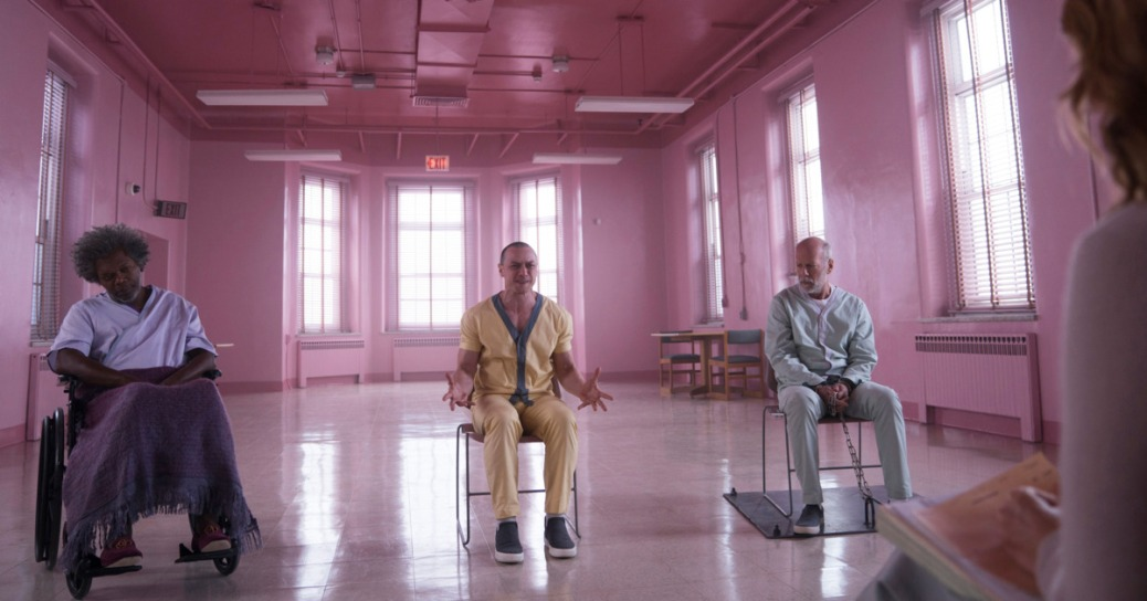 samuel-l-jackson-glass-2019-movie-review-m-night-shyamalan