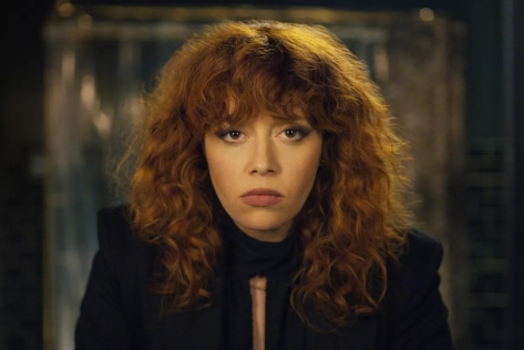 natasha-lyonne-russian-doll-season-one-amy-poehler-comedy-2019-review